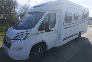 "Hire a motorhome in Kiel from private owners| Etrusco ""A&B BIG"""