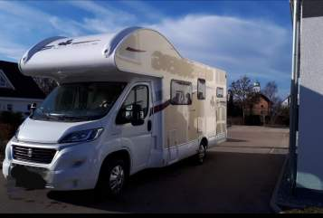 Hire a motorhome in Abtsgmünd from private owners| Ahorn Lotte