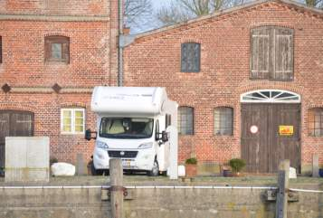 Hire a motorhome in Kronshagen from private owners| Fiat Wohnmolino