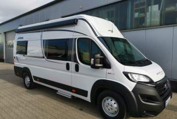 Hire a motorhome in München from private owners| Pössl Klausi