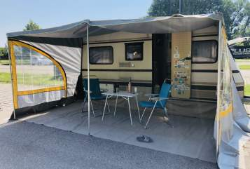Hire a motorhome in Manching from private owners| Dethleffs Toni