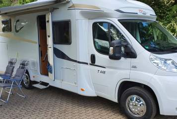Hire a motorhome in Völklingen from private owners| Carado Tom