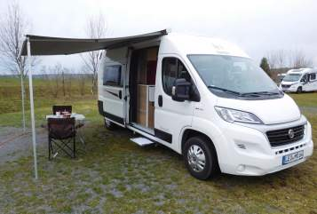Hire a motorhome in Leonberg from private owners| Rimor Der Horus
