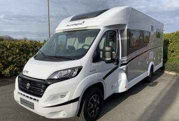 Hire a motorhome in Fürth from private owners| Sunlight Sunny T67