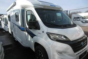 Hire a motorhome in Metzingen from private owners| Knaus SKY