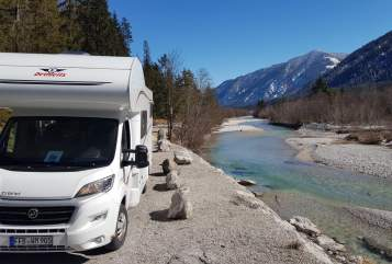 Hire a motorhome in Germering from private owners| Dethleffs  Glücksmobil