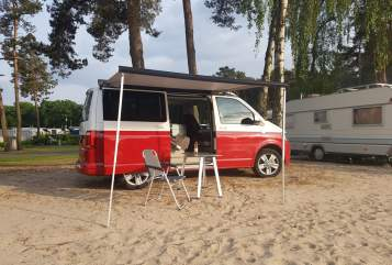 Hire a motorhome in Nordhorn from private owners| VW T6 LiLo