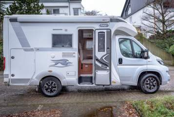 Hire a motorhome in Weingarten from private owners| Fiat Tildi*Neu