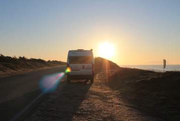 Hire a motorhome in Augsburg from private owners| Knaus  FREEDA