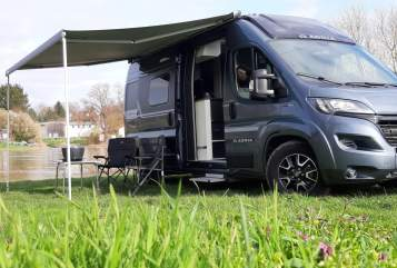 Hire a motorhome in Bad Oeynhausen from private owners| ADRIA Buddy2020