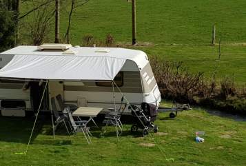 Hire a motorhome in Marienheide from private owners| Hymer Eriba Family Hymie