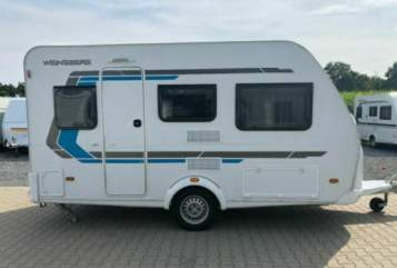 Hire a motorhome in Oer-Erkenschwick from private owners  Weinsberg Cara