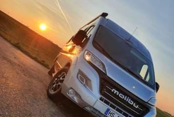 Hire a motorhome in Heinsberg from private owners| Malibu  Malibu