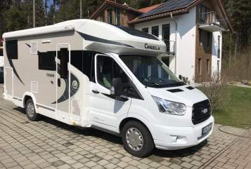 Hire a motorhome in Großweil from private owners| Chausson Free Willy