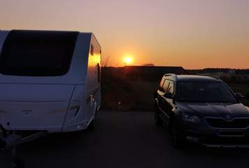Hire a motorhome in Augsburg from private owners| Weinsberg Winnie PUH