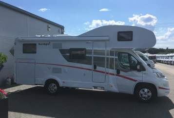 Hire a motorhome in Rostock from private owners| Sunlight IRMA