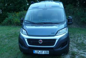 Hire a motorhome in Detmold from private owners| Sunlight Sunlight
