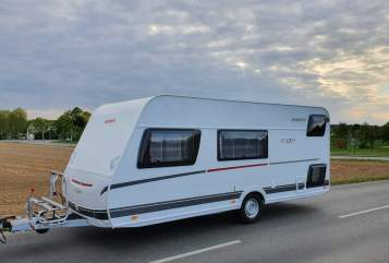 Hire a motorhome in Troisdorf from private owners| Dethleffs c'go