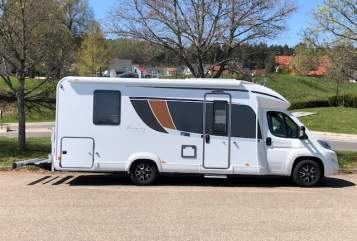 Hire a motorhome in Dornhan from private owners| Bürstner Toni