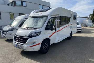 Hire a motorhome in Böblingen from private owners| Sunlight  Sunlight T67