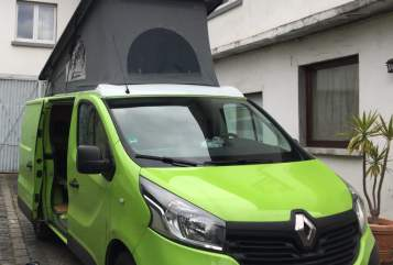Hire a motorhome in Frankfurt am Main from private owners| Renault  Mister Green