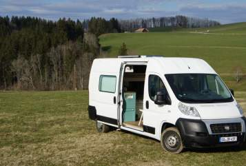 Hire a motorhome in Wiggensbach from private owners| Fiat VanSinn