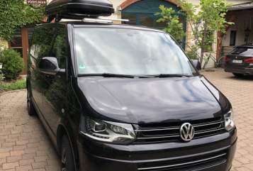 Hire a motorhome in Radebeul from private owners| VW Black Pearl