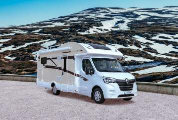 Hire a motorhome in Potsdam from private owners| Ahorn Alaska TE plus