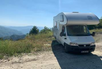 Hire a motorhome in Solingen from private owners  Knaus Tardis - Knaus