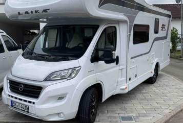 Hire a motorhome in Böblingen from private owners| Sunlight  Laika F510