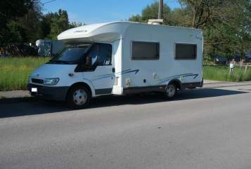 Hire a motorhome in Kolbermoor from private owners| Chausson Flash 06