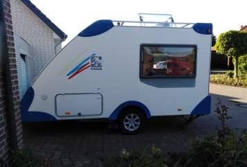 Hire a motorhome in Sassenberg from private owners| Knaus Emma