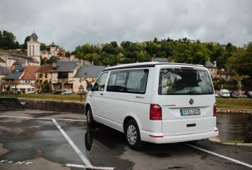 Hire a motorhome in Augsburg from private owners| VW Luxi
