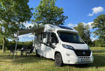 Hire a motorhome in Tirschenreuth from private owners| Knaus Moby