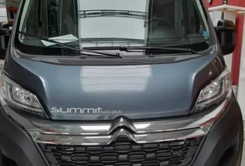 Hire a motorhome in Warburg from private owners| Globecar Snugglemobil