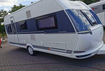 Hire a motorhome in Mainz from private owners| Hobby Hubi
