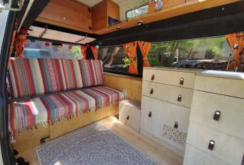 Hire a motorhome in Petersberg from private owners| VW T4 Hochdach Clärenore