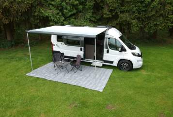 Hire a motorhome in Obing from private owners| Pössl Giulia