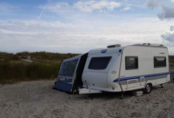 """Hire a motorhome in Elmshorn from private owners