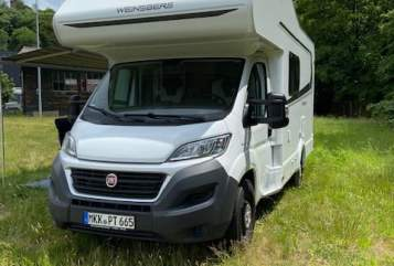 Hire a motorhome in Bad Soden-Salmünster from private owners| Weinsberg Paula