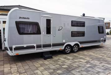 Hire a motorhome in Bielefeld from private owners| Dethleffs Big Famy