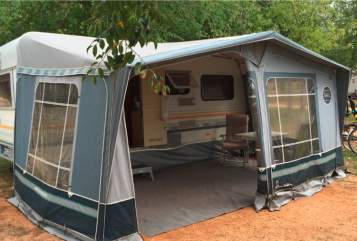Hire a motorhome in Halstenbek from private owners| Knaus Knaus Südwind