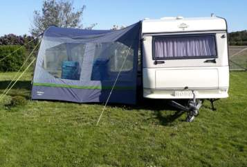 Hire a motorhome in Brück from private owners| Hobby  Else