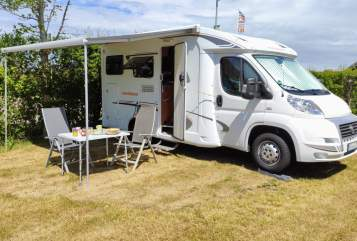 Hire a motorhome in Königswinter from private owners| Weinsberg  Happiness