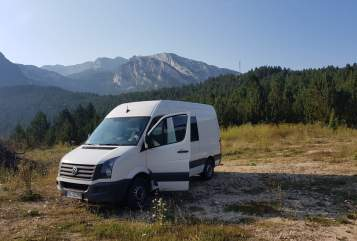 Hire a motorhome in Dänischenhagen from private owners| VW Craftman