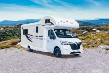 Hire a motorhome in Eppelheim from private owners| Ahorn Priebe-Camper