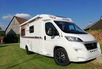 Hire a motorhome in Pilsach from private owners| Weinsberg Peppi