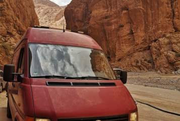 Hire a motorhome in Burkardroth from private owners| VW  Mr. Barney