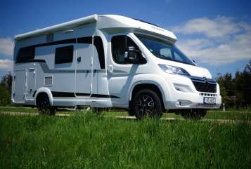 Hire a motorhome in Filderstadt from private owners  Hobby kleiner Wommel