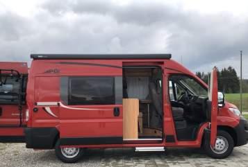 Hire a motorhome in Allendorf from private owners| Pössl Camper Marti